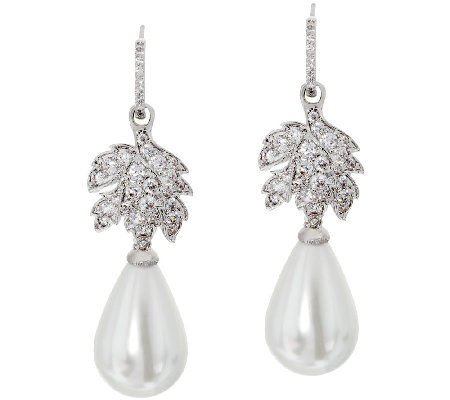 The Elizabeth Taylor La Peregrina Simulated Pearl Drop Earrings