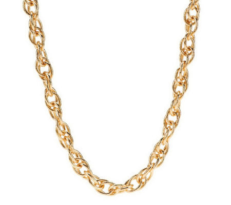 Textured Interlocking Chain Necklace by VT Luxe