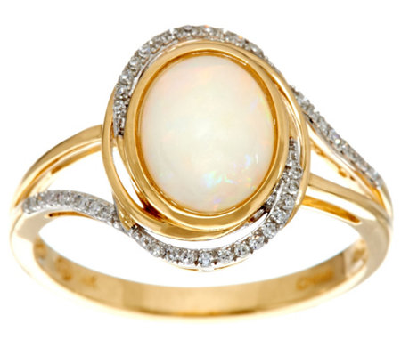Australian Opal and Diamond Ring, 14K Gold 0.90 cttw