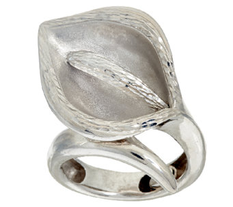Vicenza Silver Sterling Diamond Cut Calla Lily Ring - J326092