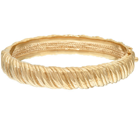 14K Gold Average Polished Ribbed Hinged Bangle, 14.8g