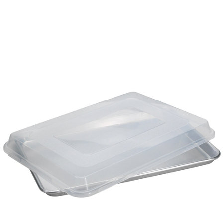 Nordic Ware Baker's Half-Sheet Pan with Lid