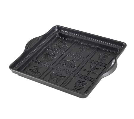 "Nordic Ware 9"" x 9"" English Shortbread Pan"