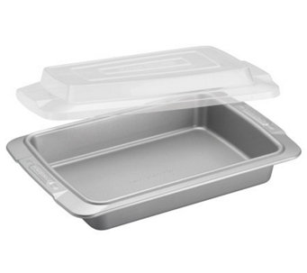 "Cake Boss Deluxe 9"" by 13"" Covered Cake Pan - Clear Lid - K302497"