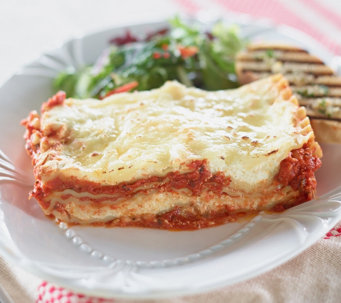 Ships 12/5 Lisa's Italian Kitchen (2) 2.5lb Trays of Lasagne - M53012
