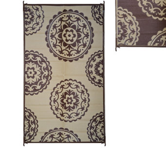 Medallion Design 5 x 8 Outdoor Mat by PatioMats - M49228