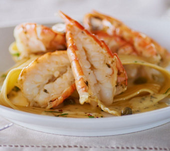 Perfect Gourmet 15-pc Colossal Garlic or Lemon Butter Shrimp Scampi - M48435