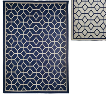 Veranda Living Colors Indoor/Outdoor 7x10 Geometric Reversible Rug - M48176