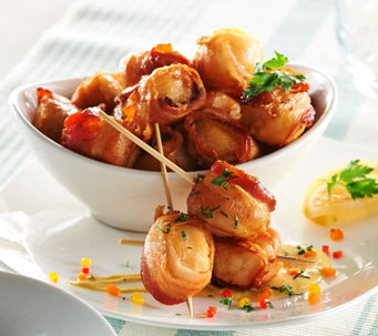 Graham & Rollins 3 lbs. of Bacon Wrapped Sea Scallops - M51688