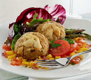 Graham & Rollins (8) or (16) 4 oz. Classic Crab Cakes - M51589