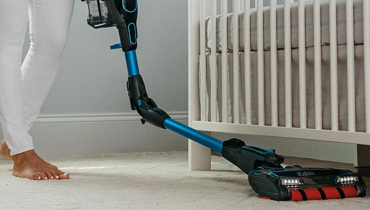 Floor-Care Offers — Sweep up hot brands like Shark & iRobot
