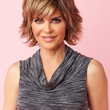 Lisa Rinna on Easy Pay — Find chic wardrobe updates with a West Coast vibe