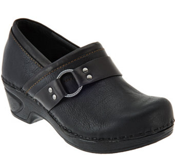 Sofft Full-Grain Leather Clogs- Berit - S8525