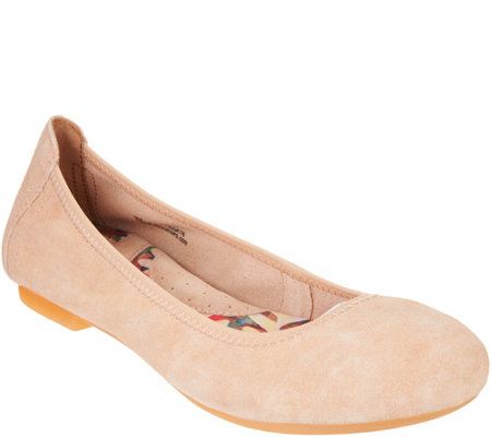 Born Julianne Leather Ballet Flats
