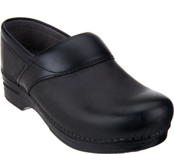 Dansko Professional Leather Clogs- Poppy - S8335