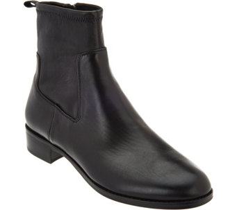Via Spiga Classic Leather Ankle Booties - Jodi - S8537