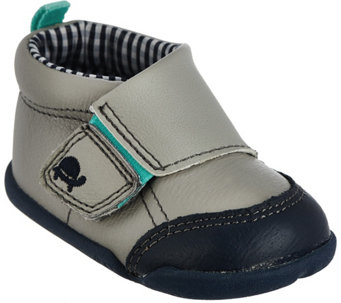 Carter's Every Step Stage 2 Infant (stander) Shoes - S8345