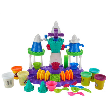 Play-Doh Ice Cream Castle Playset w/ 6 Cans of Play- Doh By: Hasbro