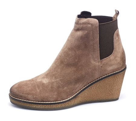 Manas Suede Wedge Ankle Boot