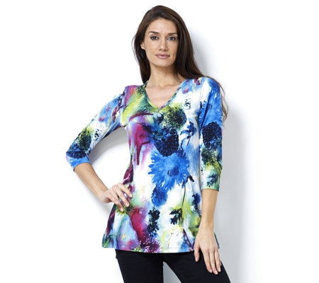 Women with Control V Neck Printed Tunic