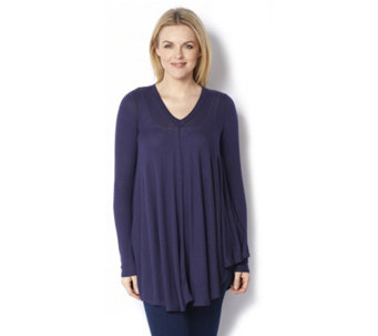 Anybody Loungewear Brushed Hacci V Neck Swing Top - 162407