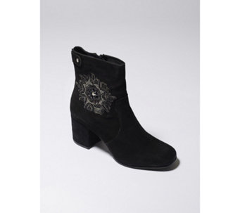 Ravel Penrose Embroidered Ankle Boot - 168007