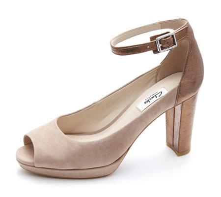 Clarks Kendra Peep Toe Shoe