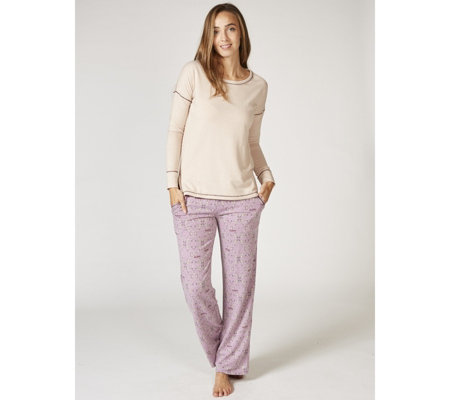 Cuddl Duds Comfortwear Long Sleeve Top & Printed Bottom PJ Set