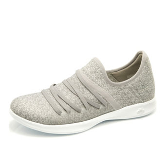 Skechers GO STEP Lite Two Tone Knit Slip On Shoe with Bungee Detail - 165637