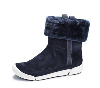 Clarks Tri Attract Suede Ankle Boots with Faux Fur Cuff - 161552
