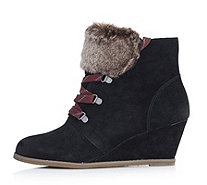 Clarks Lumiere Lace Up Ankle Boot with Wedge Heel & Faux Fur Detail - 127559