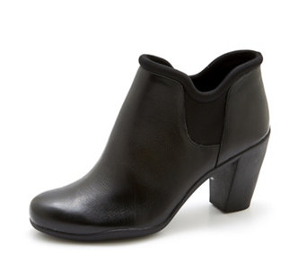 Clarks Adya Bella Ankle Boot - 167060