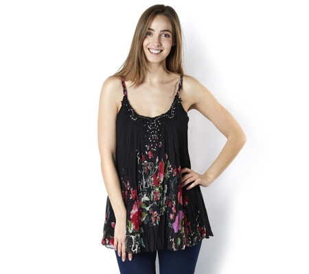 Fashion by Together Midnight Rose Printed Sleeveless Swing Top