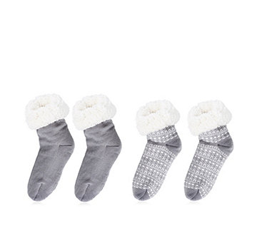 Muk Luks 2 Pair Aloe Infused Faux Sherpa Cabin Socks - 154577