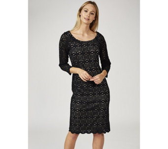 Ronni Nicole 3/4 Sleeve Stretch Medallion Lace Shift Dress - 168697