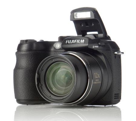 fuji s1500 10mp bridge camera 12x opt zoom 4gb card, case