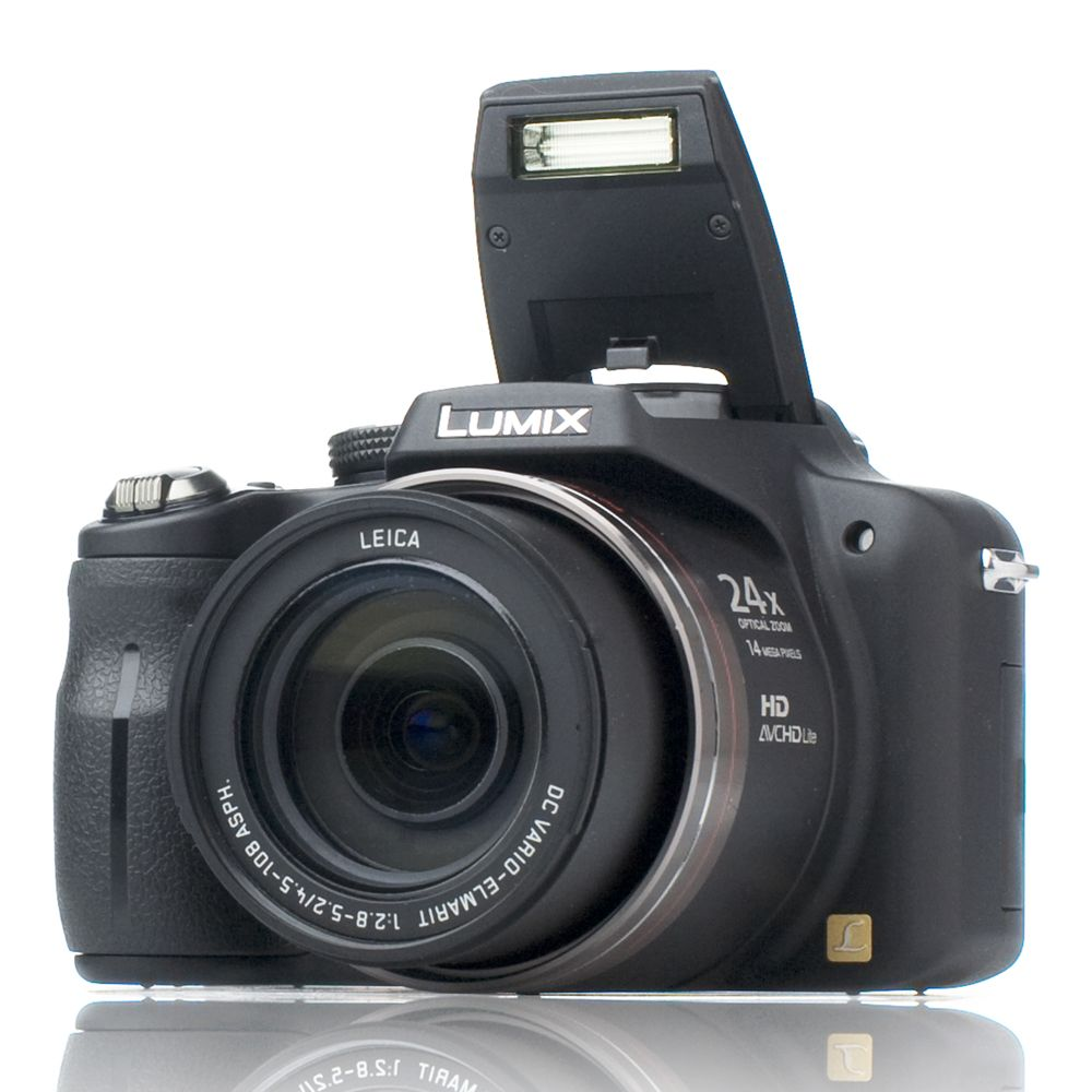 panasonic fz45 14mp bridge camera 24x opt zoom 25mm wide lens 4gb rh qvcuk com User Manual PDF panasonic lumix fz45 user manual
