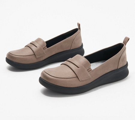 """As Is"" CLOUDSTEPPERS by Clarks Slip-On Loafers - Sillian 2.0"