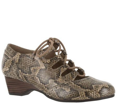 Bella Vita Ghillie Lace-up Shoes - Posie II