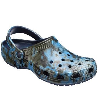 b0050db9ece57f Crocs Mens Classic Kryptek Neptune Clogs - A423502