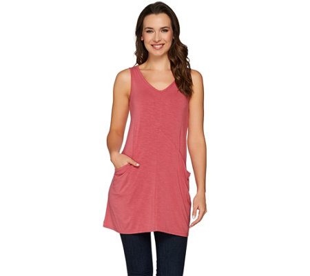 LOGO by Lori Goldstein Slub Knit Tank with Pockets and Seam Detail