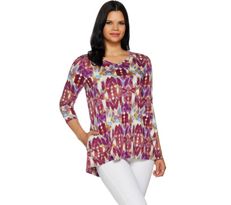 LOGO by Lori Goldstein Cotton Slub Printed Top w/ V-Neck Detail