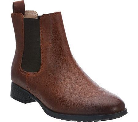 """As Is"" Clarks Narrative Leather Chelsea Boots - Mariella Busby"