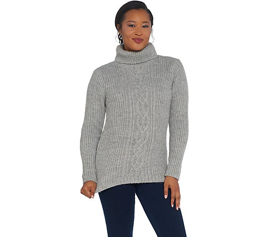 G.I.L.I. Cable Knit Turtle Neck Sweater