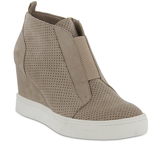 MIA Wedge Ankle Booties - Cristie