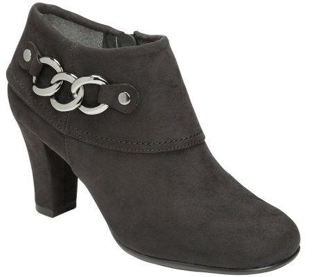 A2 Heel Rest Booties w/ Chain Detail - First Role