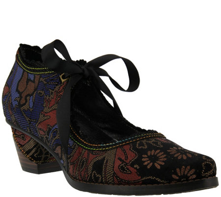 L'Artiste by Spring Step Leather, Velvet Mary Janes - Samantha