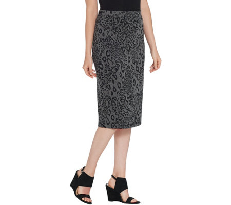 Du Jour Jacquard Pull-On Skirt with Striped Rib Knit Trim
