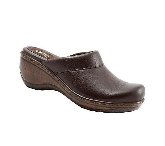 SoftWalk Open Back Clogs - Murietta
