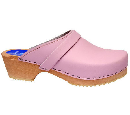 Cape Clogs Pink Clogs